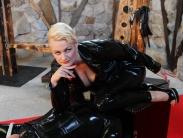 rubber-femdom-slave-13